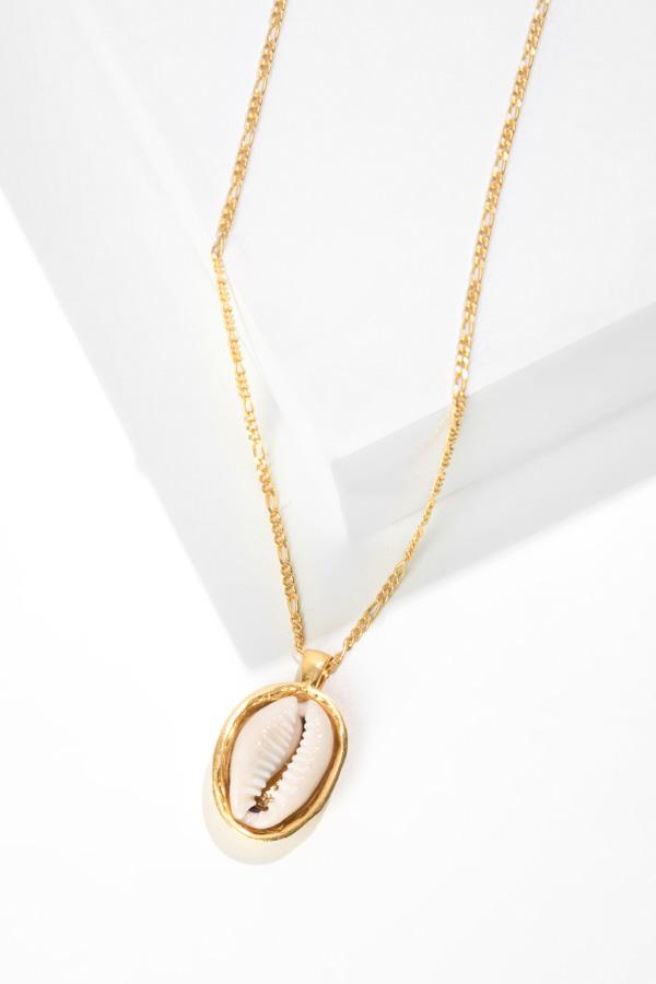 LOVER'S BEACH gold pendant