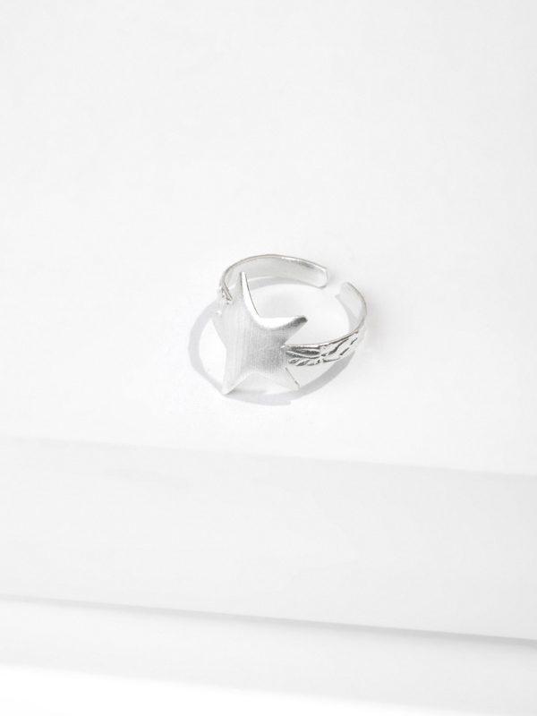 SKY BAY ring